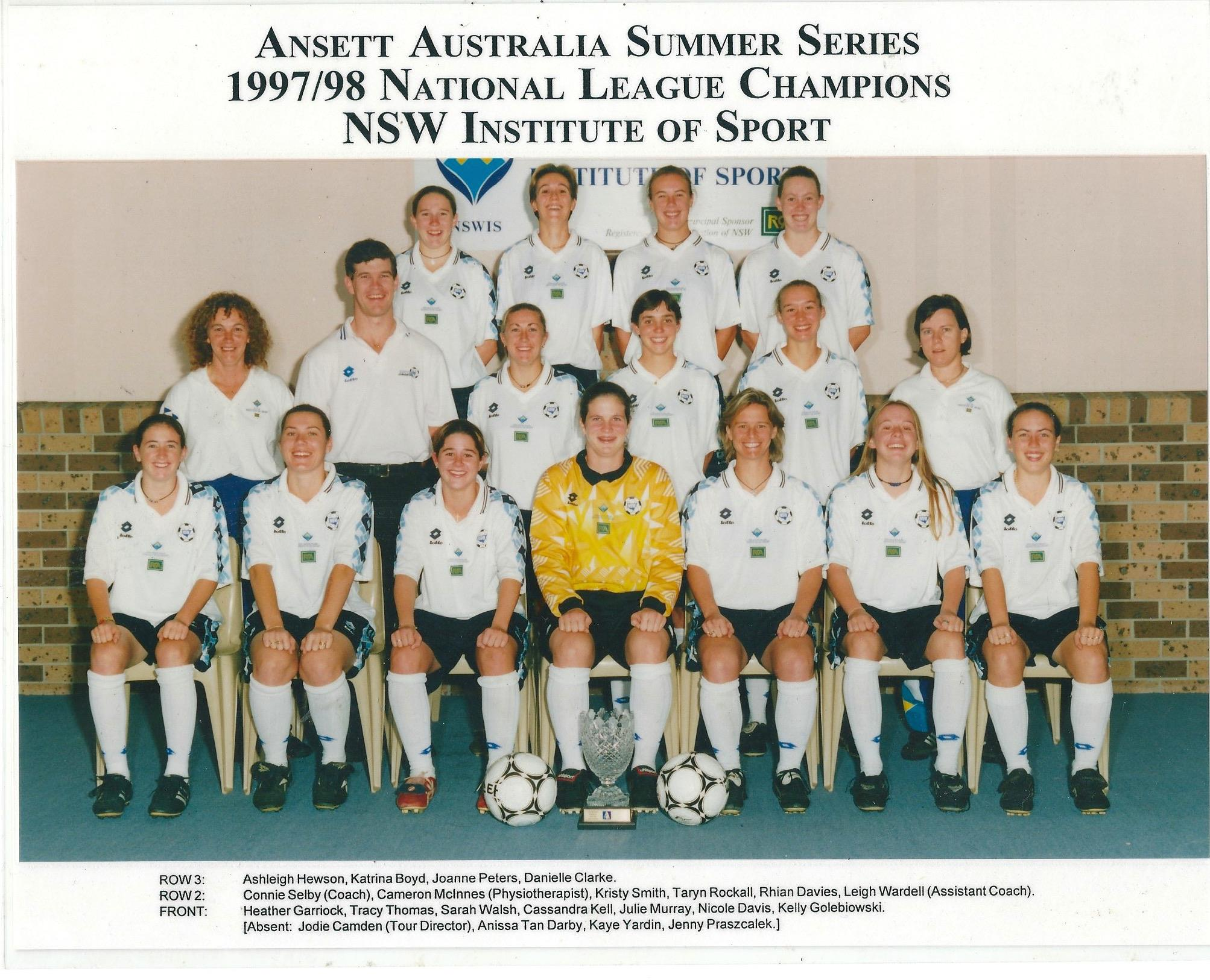 Leigh Wardell in her early coaching years (middle row, far right). Credit: Football Before the W-League on Facebook.